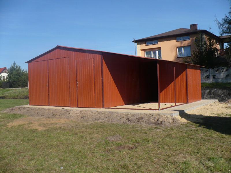 Garaż blaszany 6×5 dach dwuspadowy z wiatą 3×5
